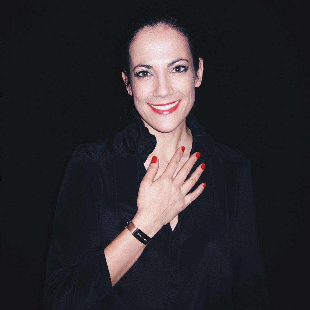 BETTINA ZIMMERMANN loves LOVE & DESTINY in Luxurious Beige roségold